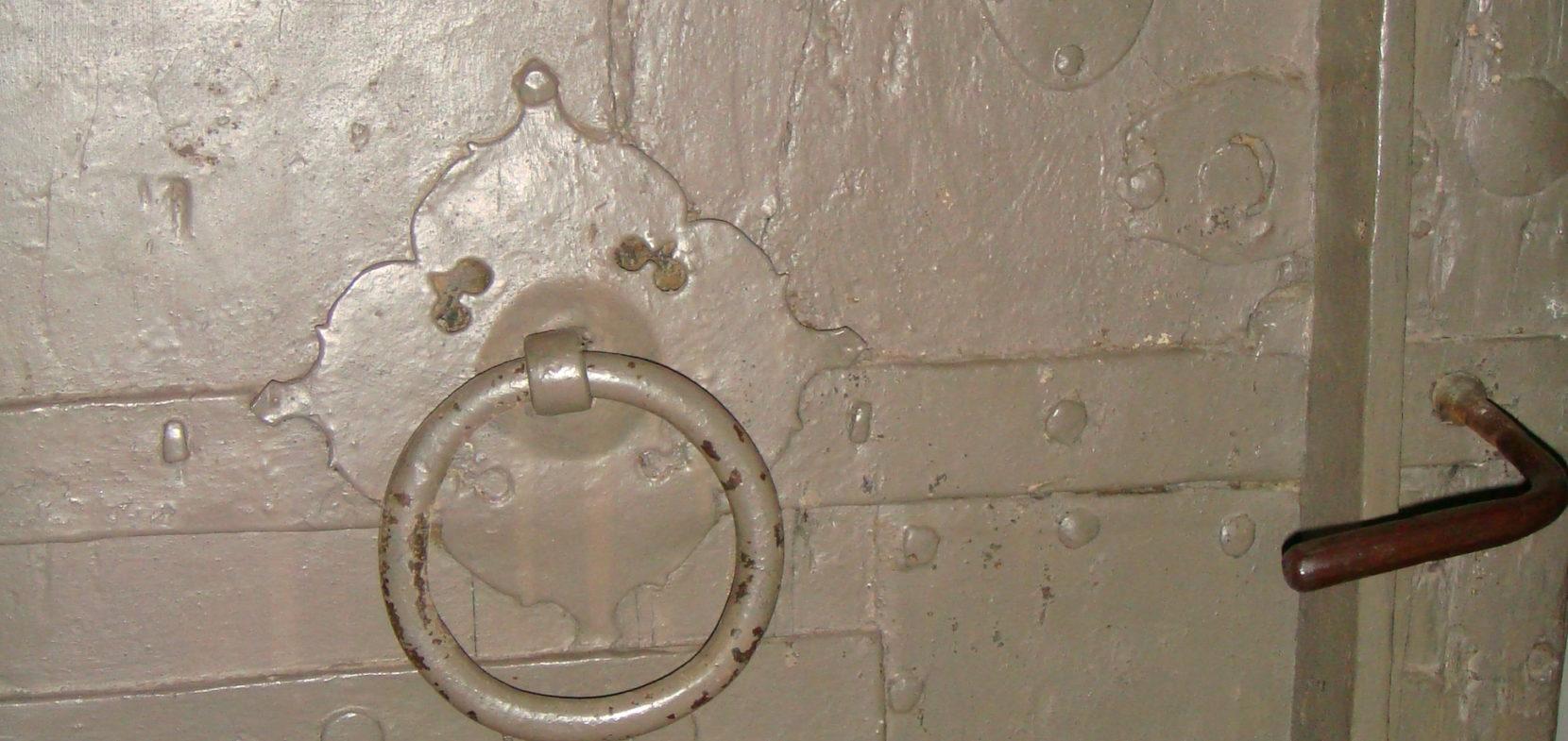 Das Türblatt der alten Sakristei