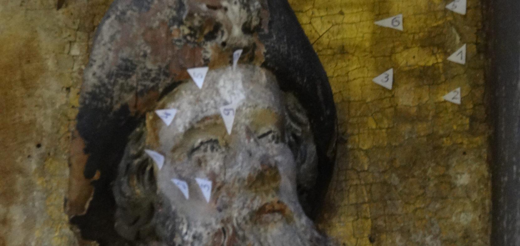 Die Restaurierung des Marienaltars