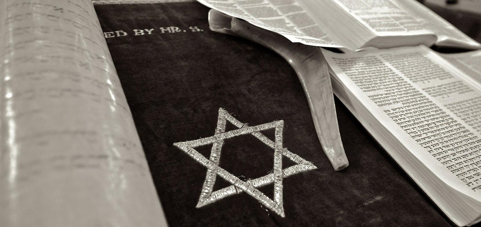 """""""Kirche gegen Juden im Nationalsozialismus"""""""